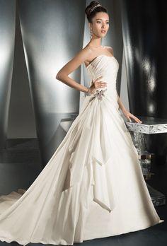 Gown by Demetrios - Illissa