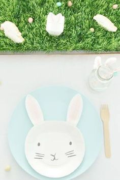 Check out this fun Easter egg decorating party! The table settings are fantastic! See more party ideas and share yours at CatchMyParty.com Easter Dinner, Easter Party, Animal Birthday, Girl Birthday, Easter Bunny, Easter Eggs, Party Themes, Party Ideas, Animal Cakes