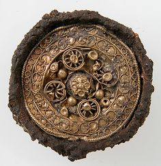 Frankish (?) Disk Brooch; 6th c, Férebrianges or Petit-Troussy (Marne), France Medium: gold, wire, iron core