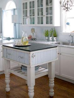 Cottage ● Blue Kitchen