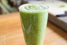 Raw Broccoli Celery Apple Mint Juice