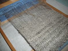 Joybilee Farm: Rigid Heddle weaving with handspun linen. USEFUL TIPS