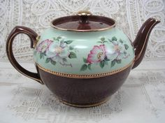 Vintage Teapot Sadler Staffordshire England 2696 Brown Mint Green - has found a new home