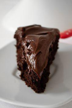 Torta de Chocolate Vegana de Nigella Lawson Tortillas Veganas, Nigella Lawson, Fruit, Tarta Chocolate, Sweet, Desserts, Food, Gluten, Vegan Chocolate Cakes