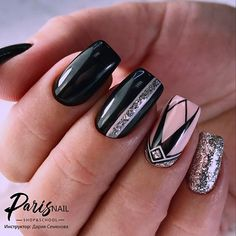 10 'Must-Try' Black and White Nails You Have to See! Manicure Nail Designs, Nail Manicure, Nails Design, Silver Nails, Matte Nails, Glitter Nails, Hair And Nails, My Nails, Nail Design Rosa
