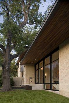 Exterior Brick Design, Pictures, Remodel, Decor and Ideas - page 7 Exterior Trim, Exterior House Colors, Modern Exterior, Exterior Doors, Exterior Design, Ranch Exterior, Exterior Cladding, Front Doors With Windows, Steel Windows
