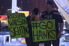The 12th Man greeted the Seahawks as they returned home after defeating the Washington Redskins.