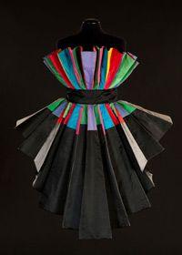 Sculpture Dress, 1989, silk taffeta (N.231) Photography by Claudia Primangeli / L.e C. Service
