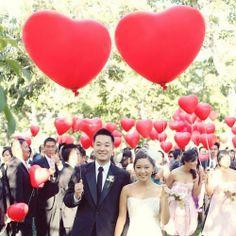 Oryginalne balony w kształcie czerwonego serca – super atrakcja na Twój ślub w doskonałej cenie! Mega rozmiar, zrobią super wrażenie na Twoich gościach! #kolekcjaslubna #slub #wesele #dekoracjeslubne #podziekowaniadlagosci #ślub #wedding #wesele #love #slub #pannamloda  #bride #slubnaglowie #pannamłoda #miłość #weddingday #sesjaslubna #weddinginspiration #slubneinspiracje Bridesmaid Dresses, Prom Dresses, Formal Dresses, Wedding Dresses, Heart Balloons, Valentines, Table Decorations, Instagram Posts, Hearts