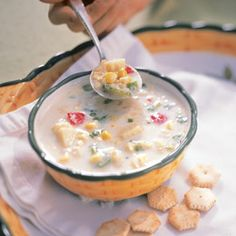 i LOVE corn chowder and it doesn't seem too popular around these parts so i'll just make it myself!
