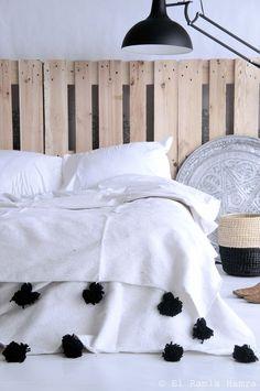 La palette aspect brut et sans transformation pour une tête de lit