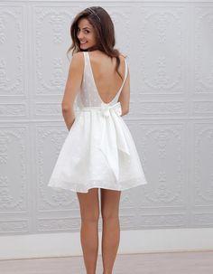 Robe de mariée de princesse à noeud - 66 robes de mariée de princesse qui  font rêver - Elle 2857fa4b9