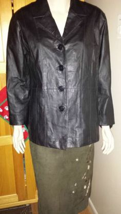 Tudor Court by Haband woman's black leather lined car coat size L