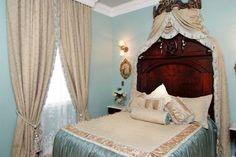 Plantation Honeymoon Bridal Suite at Nottoway Plantation & Resort