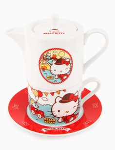 Hello Kitty tea set ヾ(@⌒ー⌒@)ノ