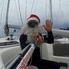 Un sereno Natale a tutti Voi....Babbo Natale è ovunque....   Marina di Procida - Procida