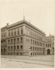 Johann Heinrich Strack (1805-1880) Wohnhaus Leipziger Platz 11, Berlin-Mitte,  Hugo Meyer (als Fotograf/in), 1852, (historisch: Leipziger Platz 11)