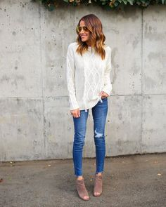 Hello gorgeous! We are loving the fringe accents of our Naomi Fringe Sweater in this staple hue. This is perfect for the ultra trendy boho babe. The fringe angels towards the center of this cute sweat