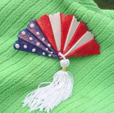 Flag Fan Pin F045 by artsdaughter on Etsy