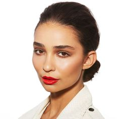 How To Nail The Orange-Red Lip | The Zoe Report