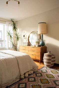 Apartment Chic, Apartment Interior, Apartment Therapy, Apartment Goals, Apartment Kitchen, Beach Apartment Decor, Minimal Apartment, Bedroom Apartment, Apartment Ideas