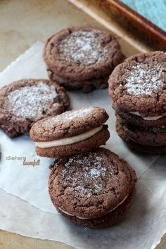 Amazing Chocolate Sandwich Cookies! A delicious little snack! from #DietersDownfall