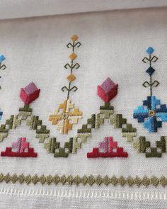 Phulkari Embroidery, Hardanger Embroidery, Cute Embroidery, Embroidery Designs, Hand Embroidery Videos, Hand Embroidery Stitches, Cross Stitch Designs, Cross Stitch Patterns, Bargello Patterns