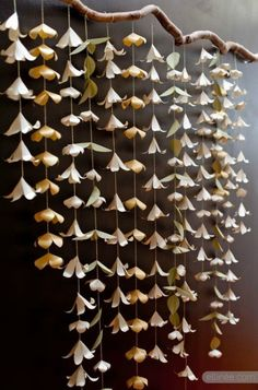 DIY Paper Flower Backdrop Garland and other paper flower ideas Paper Flower Garlands, Paper Flower Backdrop, Diy Flowers, Hanging Flowers, White Paper Flowers, Paper Bunting, Flowers Decoration, Paper Flower Wall, Origami Flowers