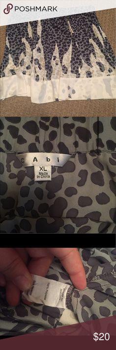CAbi Bella animal print skirt (with pockets) XL CAbi style 401 Bella animal print skirt with pockets size XL gently used CAbi Skirts Mini