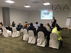 Sesionando curso de Organizacion de Eventos Sociales en Tijuana BC