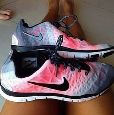 I am so addicted to Nikes it's not even funny any more