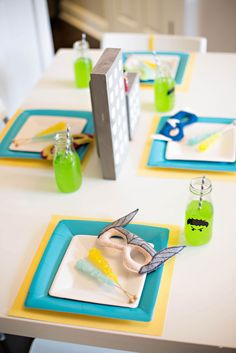 Table settings at an Avengers Superhero Party #avengers #party