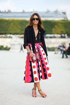 Viviana Valpolicella wearing Valentino (skirt, bag and shoes) on the streets of Paris #StreetStyle #Spring2015 #ParisFashionWeek