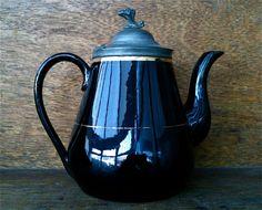 Antique Victorian Black Gold Pewter Tea Pot / English Shop by EnglishShop on Etsy https://www.etsy.com/listing/122932298/antique-victorian-black-gold-pewter-tea