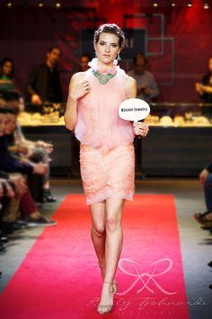 #lace #tulle #couture #fashion #hautecouture #fashionshow #promdress #cocktail #dress #redcarpet #glam #gala #glamour #glamorous #look #redcarpetlook #redcarpetfashion #ruslytjohnardi #ruslytjohnardiatelier #makeup #cledepeau #hairdo #actionhairsalon #fashionideas #outfit #fashioninspiration #fashiondesigner #fashiondesign #singapore #pink #babypink #peach #salem