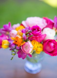 Marshalls Abroad: Roses and Ranuculus