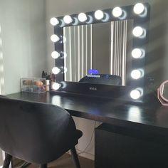 Dana WOW the Black Mirror looks fab! Hollywood Mirror, Vanity, Instagram Posts, Furniture, Black, Home Decor, Accessories, Dressing Tables, Powder Room