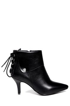 Criss-Cross Pointed Toe Short Boots
