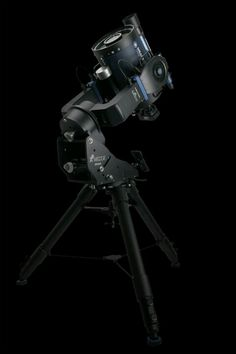 A Schmidt-Cassegrain reflecting telescope. This looks like a Meade telescope