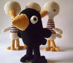 Pica-Pau es el proyecto de una virtuosa, imaginativa y muy talentosa tejedora argentina que firma como Yan. Es una de esas creadoras de amigurumis que han desarrollado un estilo tan personal como r…