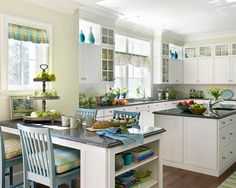 Traditional Kitchen Design, Pictures, Remodel, Decor and Ideas - page 13