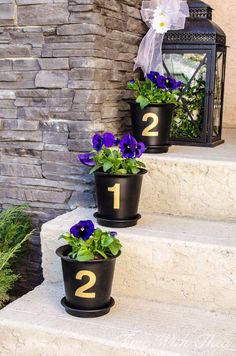 House Number Flower Pot Decoration - spring, porch, decor, ideas, home Pot Plante, Diy Porch, Porch Garden, House Numbers, Outdoor Areas, Outdoor Plants, Porch Decorating, Decorating Ideas, Spring Flowers
