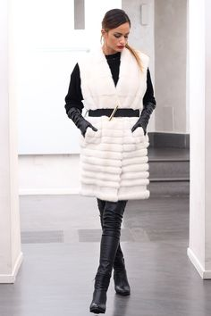 White Royal Female Mink Fur Vest with whole skins. Made in Italy. Closure: With hooks; Mink Jacket, Fur Vests, Ladies Fashion, Womens Fashion, Fur Accessories, Mink Fur, Leather Gloves, Furs, Fashion Boutique
