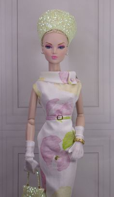 The Shape of Vintage for Gene and Friends Vintage Barbie Clothes, Doll Clothes Barbie, Vintage Dolls, Vintage Dresses, Nice Dresses, Moda Barbie, Crochet Barbie Patterns, Barbie Gowns, Bride Dolls