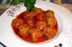 Polpettine di pollo e tacchino al sugo di pomodoro - Veloci e facilissime da fare, le polpettine di pollo e tacchino sono una ricetta classica della cucina economica