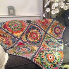 Exceptional Stitches Make a Crochet Hat Ideas. Extraordinary Stitches Make a Crochet Hat Ideas. Boho Crochet, Manta Crochet, Easy Crochet, Free Crochet, Crochet Hats, Crochet Dollies, Granny Square Häkelanleitung, Granny Square Crochet Pattern, Crochet Squares