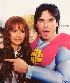 One of my favourites! So cute. Ian dress as Batman & Nina has Hermione. Nian. Nina Dobrev & Ian Somerhalder ♥