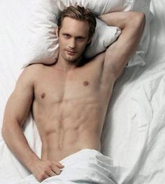 """This is that kind of """"Come hither, my sweet"""" look. Oh Alexander Skarsgard."""