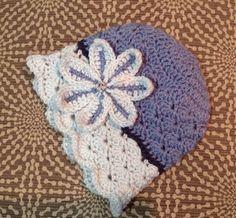 Flowered shells crochet hat