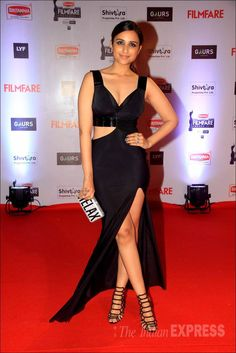 Parineeti Chopra on the red carpet at the Filmfare Awards show.